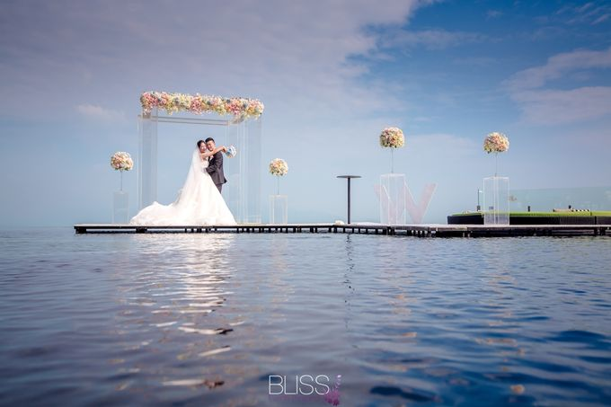 Over water wedding at W retreat koh samui by BLISS Events & Weddings Thailand - 008