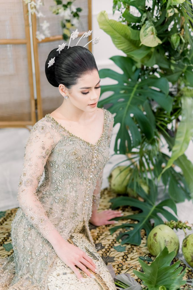 Traditional Wedding Styled Shoot by Iris Photography - 007