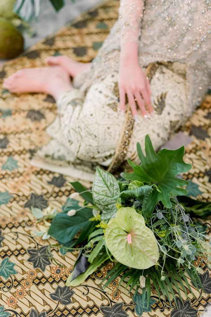 Traditional Wedding Styled Shoot by Iris Photography - 010