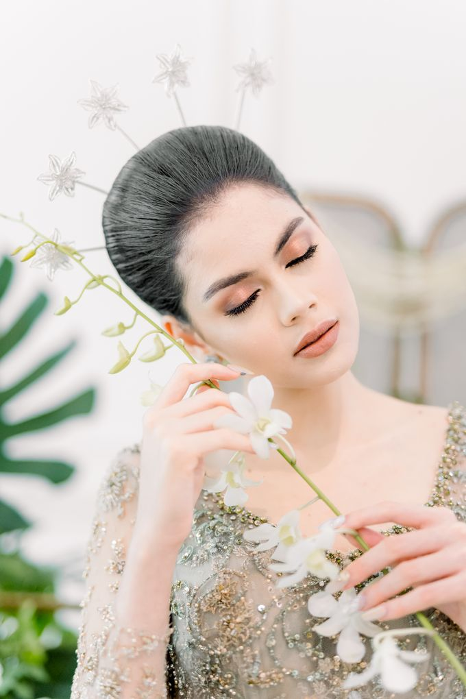 Traditional Wedding Styled Shoot by Iris Photography - 014