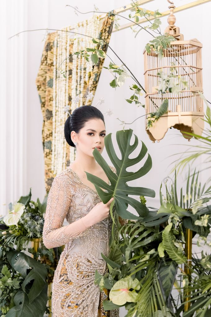 Traditional Wedding Styled Shoot by Iris Photography - 024