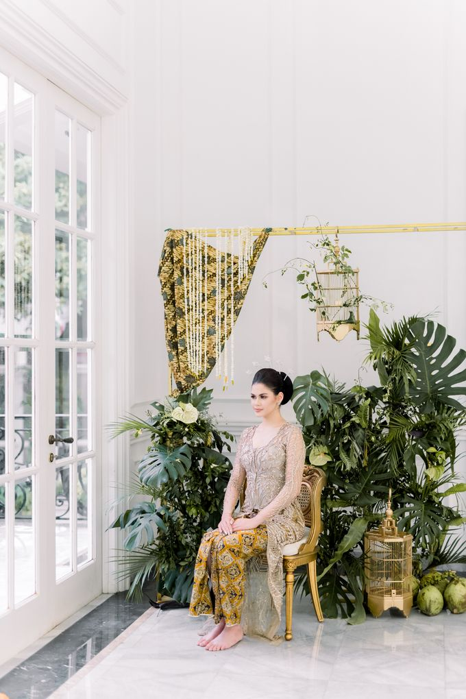 Traditional Wedding Styled Shoot by Iris Photography - 030