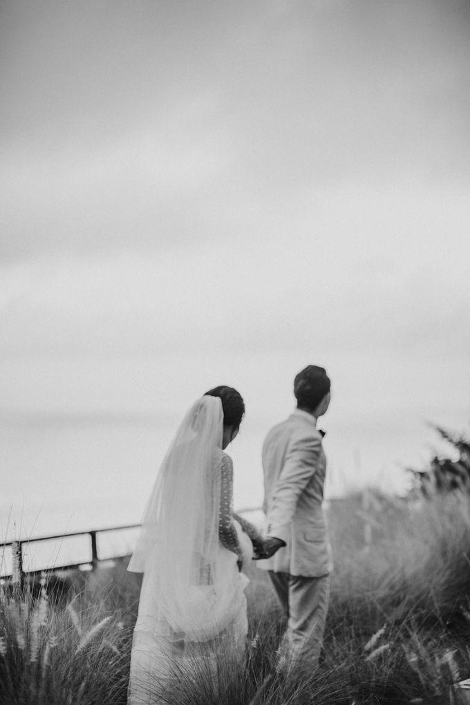 Chris & Calista Real Wedding at The Stone House by Tirtha by Tirtha Bali - 031