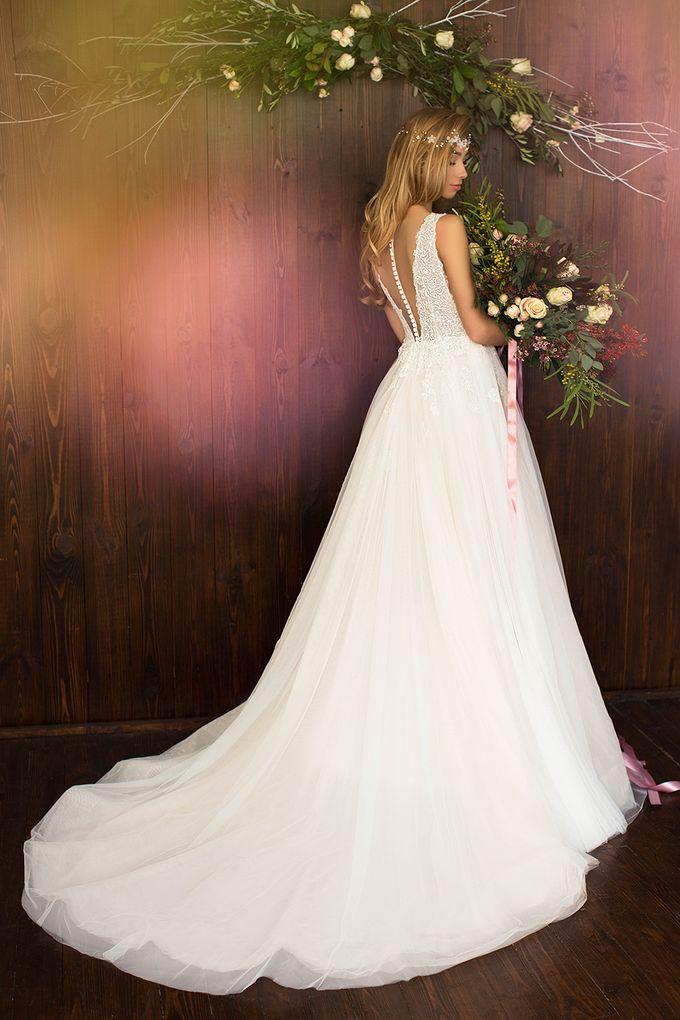 Luna Bianca Gown Collection by Luna Bianca Bridal Boutique - 017