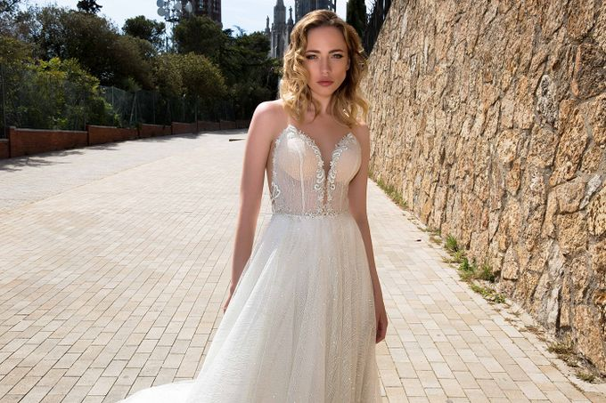 Luna Bianca Gown Collection by Luna Bianca Bridal Boutique - 010