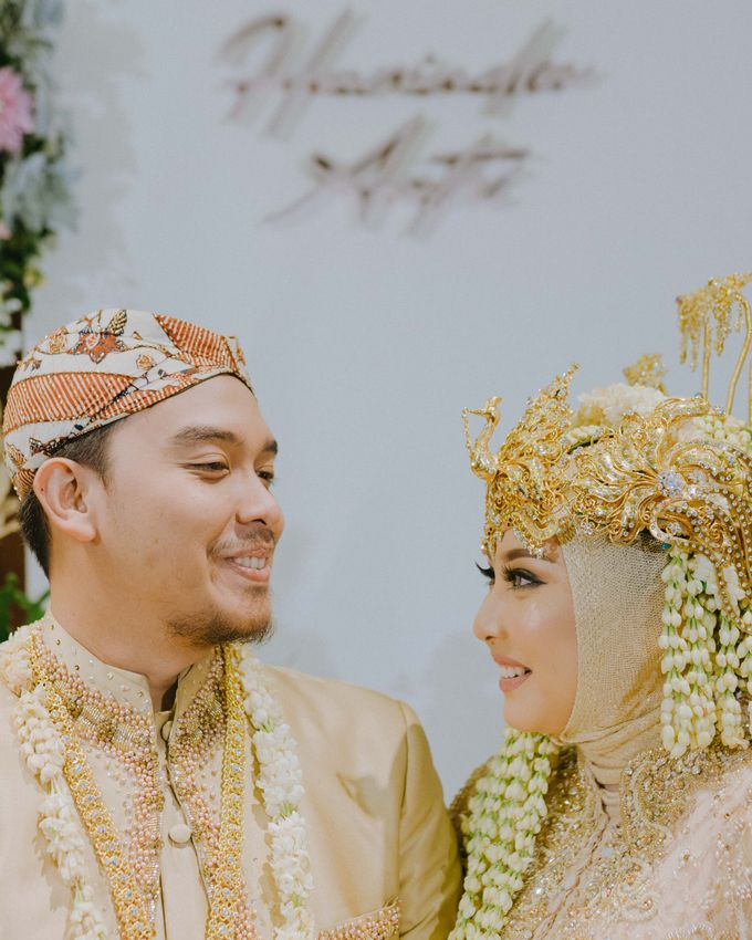 Wedding Astri & Alin by momentfromus - 007