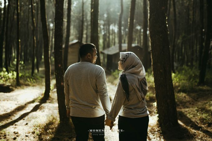 Pre Wedding FINNY & BAYU by momentfromus - 004