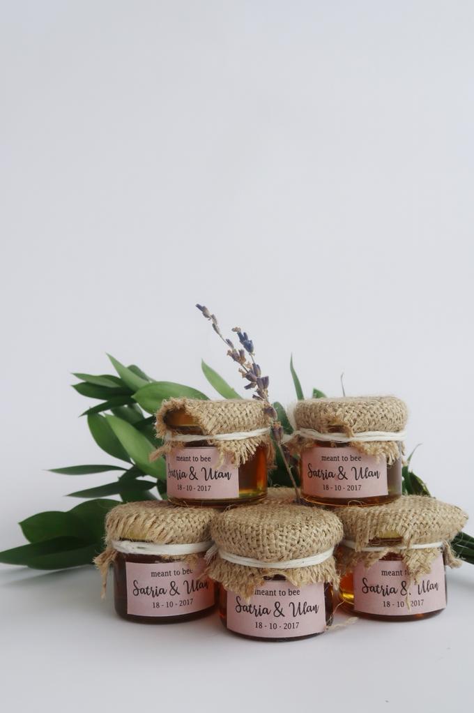 Honey in Jar Souvenir by Wander Love - 002