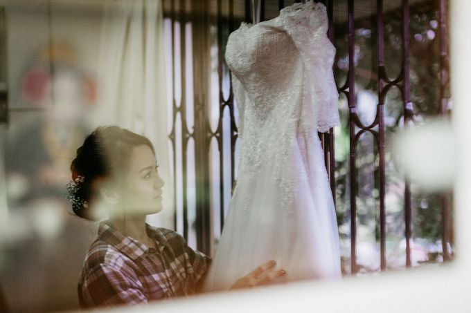 Wedding Day Moment Photography by DTPictures - 001