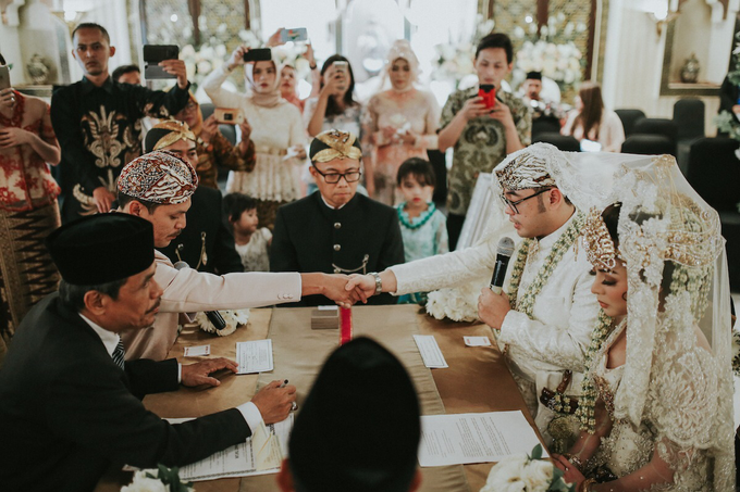 The Royal Wedding of Vicky & Lenny at Rumah Maroko by Warna Project - 007