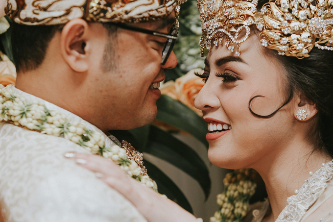 The Royal Wedding of Vicky & Lenny at Rumah Maroko by Warna Project - 013