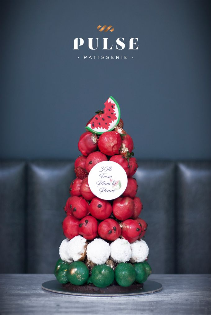 Wedding CROQUEMBOUCHE -Cream Puff Tower by Pulse Patisserie - 029