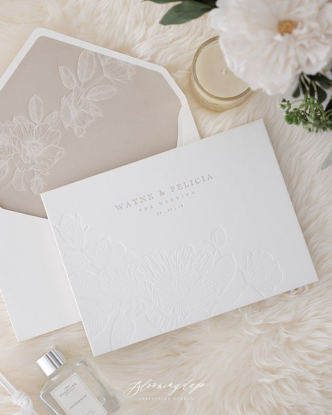DAZZLING WHITE by BloomingDays Invitation Studio - 001
