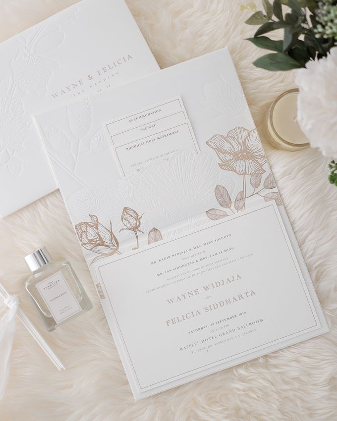 DAZZLING WHITE by BloomingDays Invitation Studio - 002