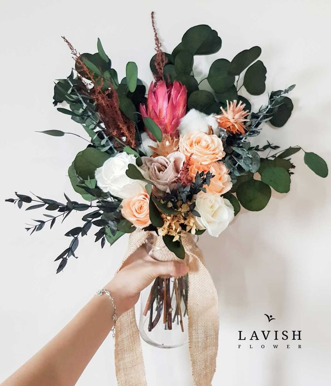 Preserved Flowers Wedding Bouquet - Preserved Roses Large by Lavish Flower - 003
