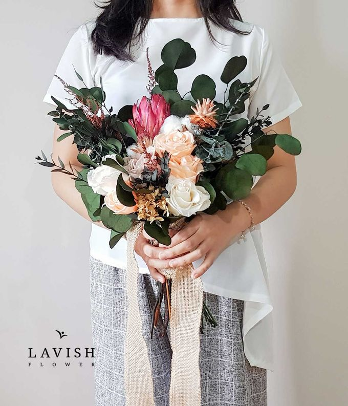 Preserved Flowers Wedding Bouquet - Preserved Roses Large by Lavish Flower - 001