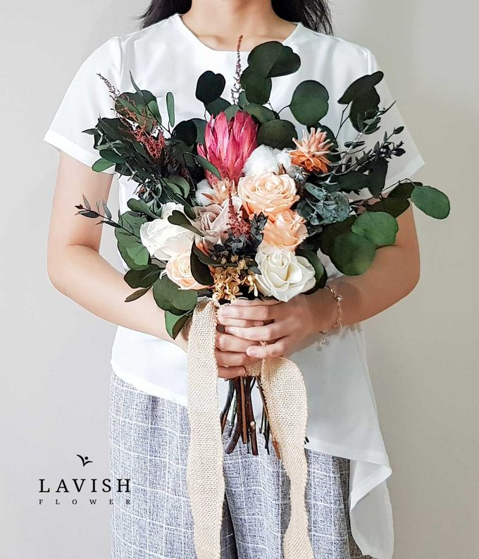 Preserved Flowers Wedding Bouquet - Preserved Roses Large by Lavish Flower - 002