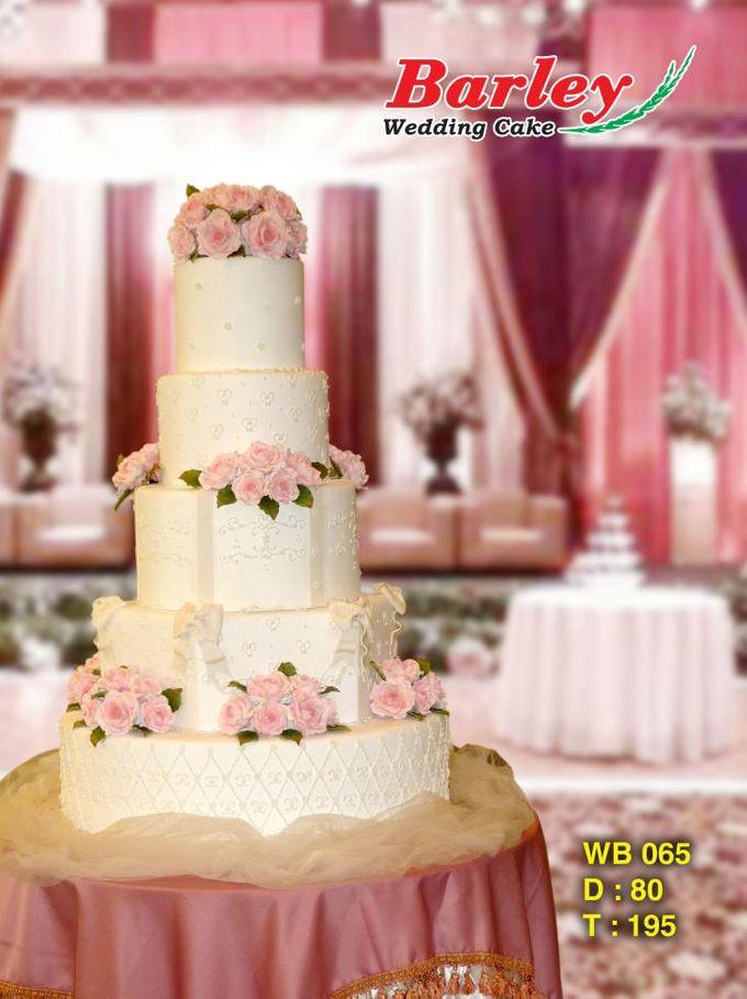 Wedding cake by Barley Cakes - 001