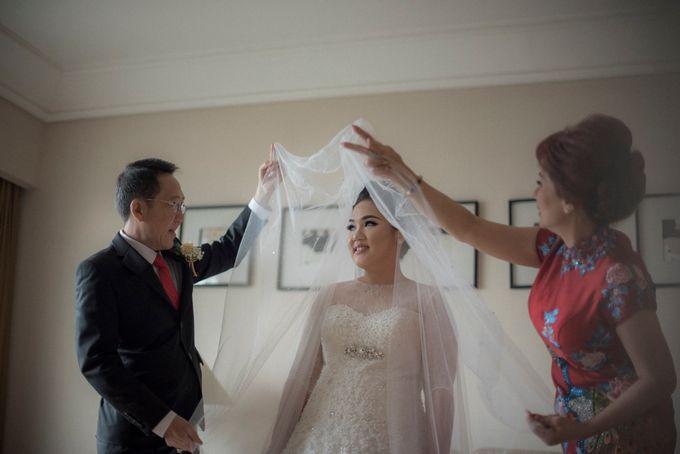The Wedding Of Windra & Cindy by Vivi Valencia - 003