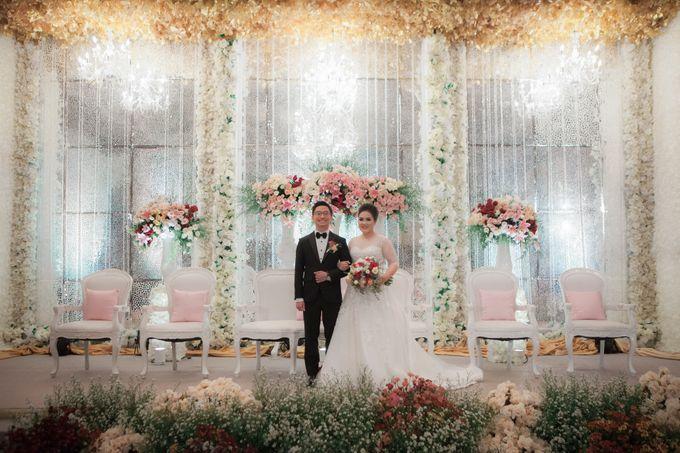 The Wedding Of Windra & Cindy by Vivi Valencia - 008