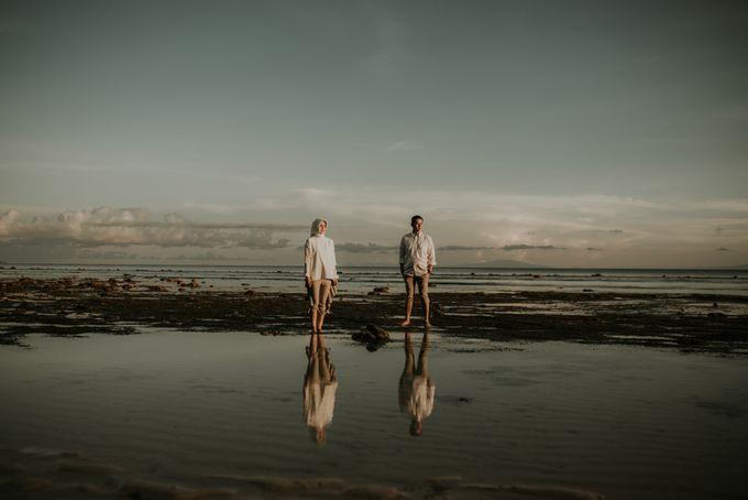 Rio & Hani Sumba Engagement Session by Calia Photography - 006