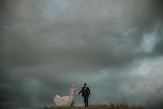 Rio & Hani Sumba Engagement Session by Calia Photography - 017