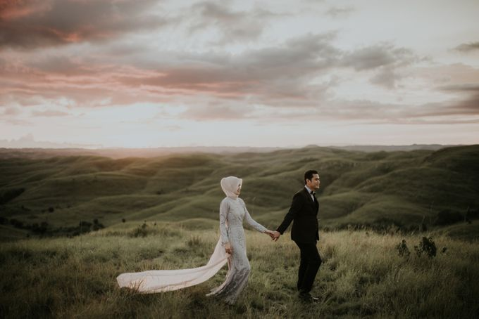 Rio & Hani Sumba Engagement Session by Calia Photography - 024