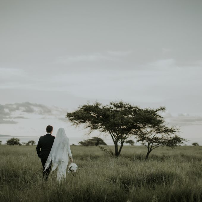 Rio & Hani Sumba Engagement Session by Calia Photography - 002