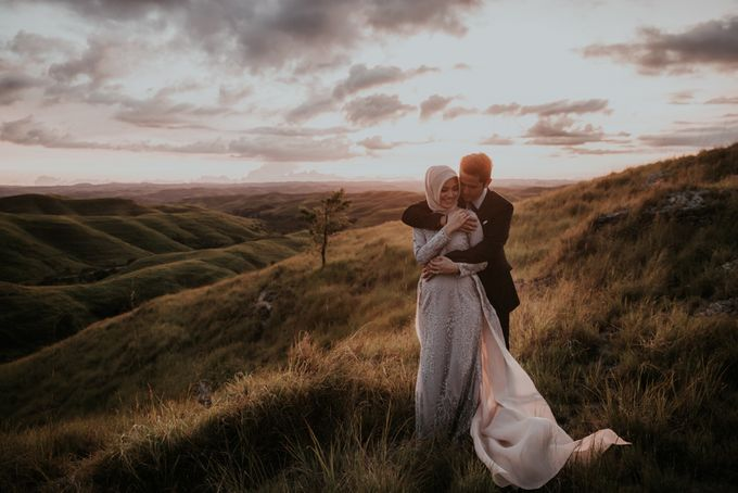 Rio & Hani Sumba Engagement Session by Calia Photography - 026