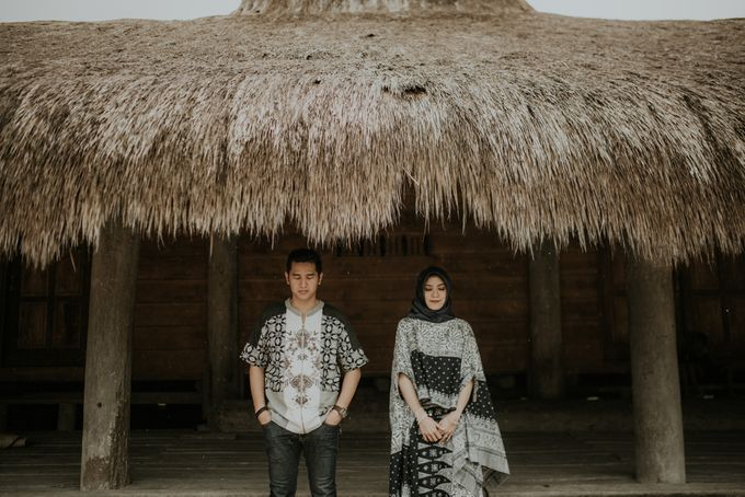 Rio & Hani Sumba Engagement Session by Calia Photography - 041
