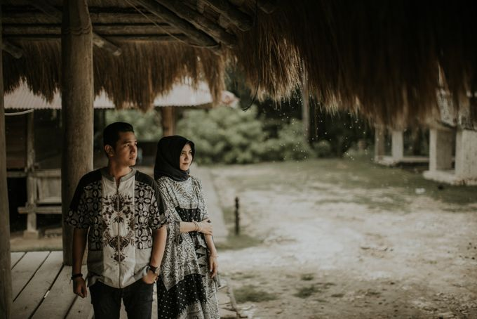 Rio & Hani Sumba Engagement Session by Calia Photography - 043