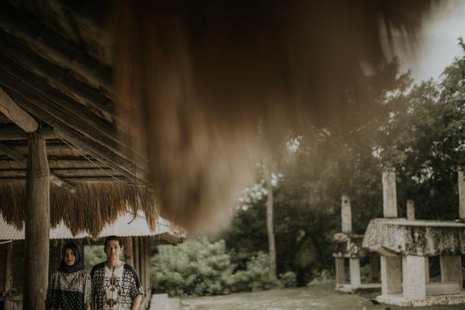 Rio & Hani Sumba Engagement Session by Calia Photography - 045