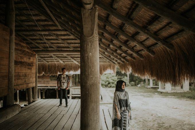 Rio & Hani Sumba Engagement Session by Calia Photography - 046