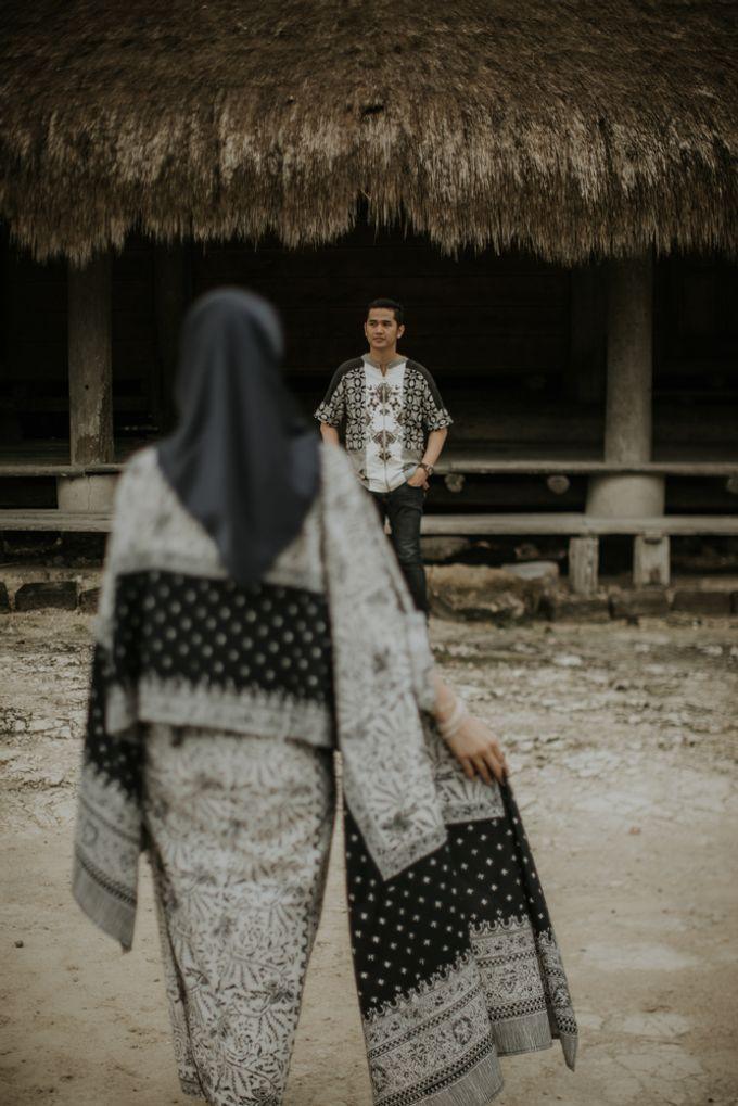 Rio & Hani Sumba Engagement Session by Calia Photography - 048