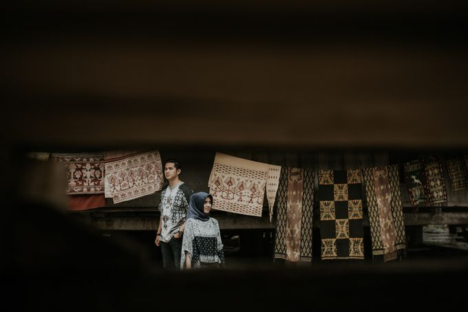Rio & Hani Sumba Engagement Session by Calia Photography - 049