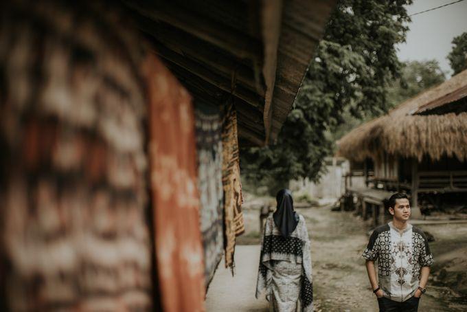 Rio & Hani Sumba Engagement Session by Calia Photography - 050