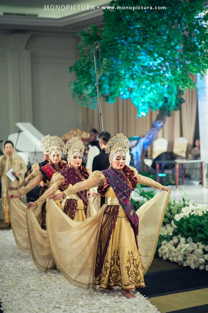 Traditional Wedding by Team by MASON PINE HOTEL - 042