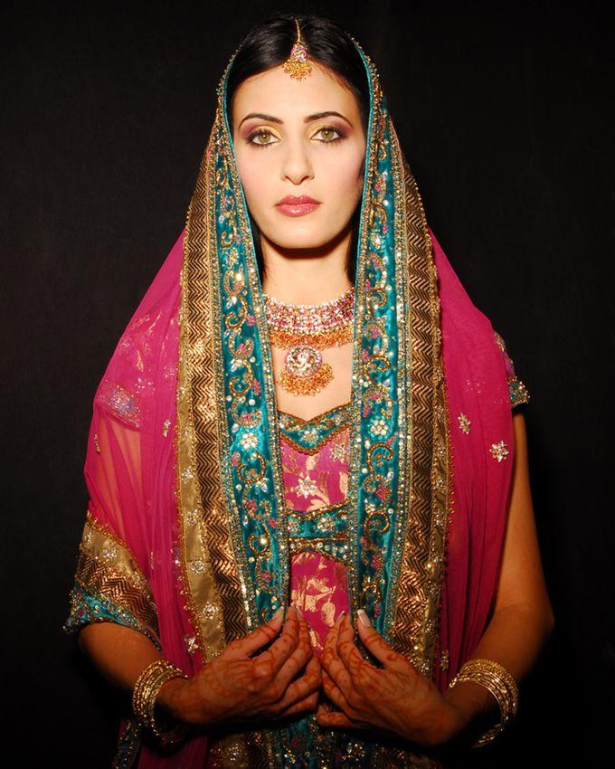 Indian Brides by Elza Finishya Makeup Artist - 009