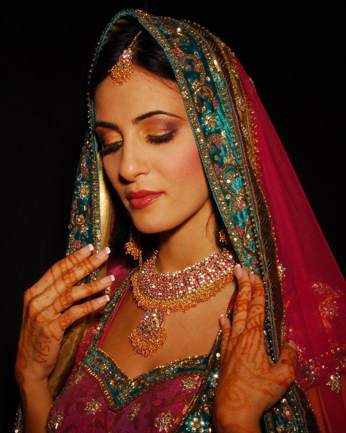 Indian Brides by Elza Finishya Makeup Artist - 010