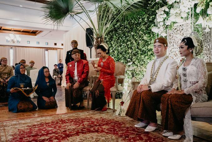 Panggih Ceremony of #BerKatNikah by ProjectDEA Wedding Planner - 013