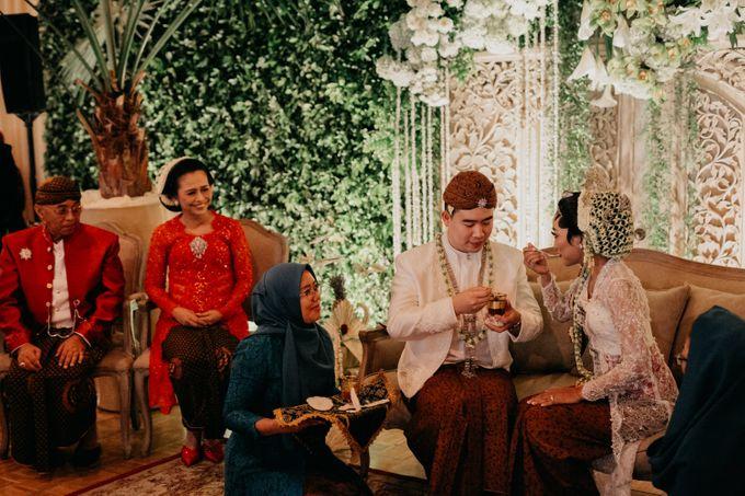 Panggih Ceremony of #BerKatNikah by ProjectDEA Wedding Planner - 009