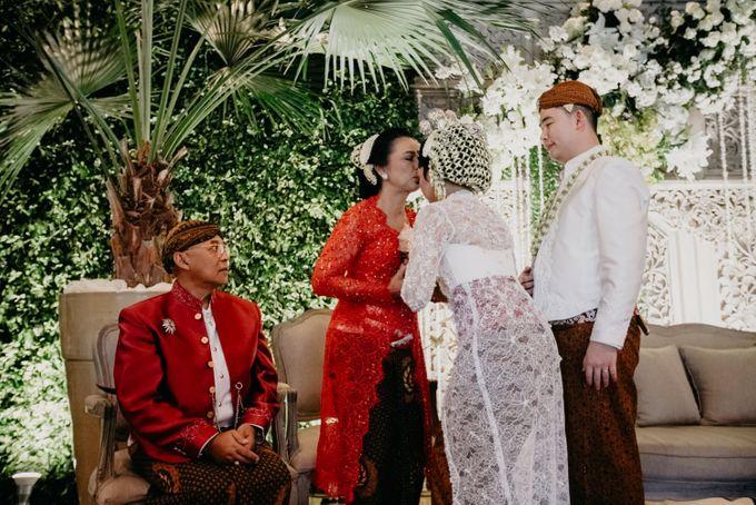 Panggih Ceremony of #BerKatNikah by ProjectDEA Wedding Planner - 012