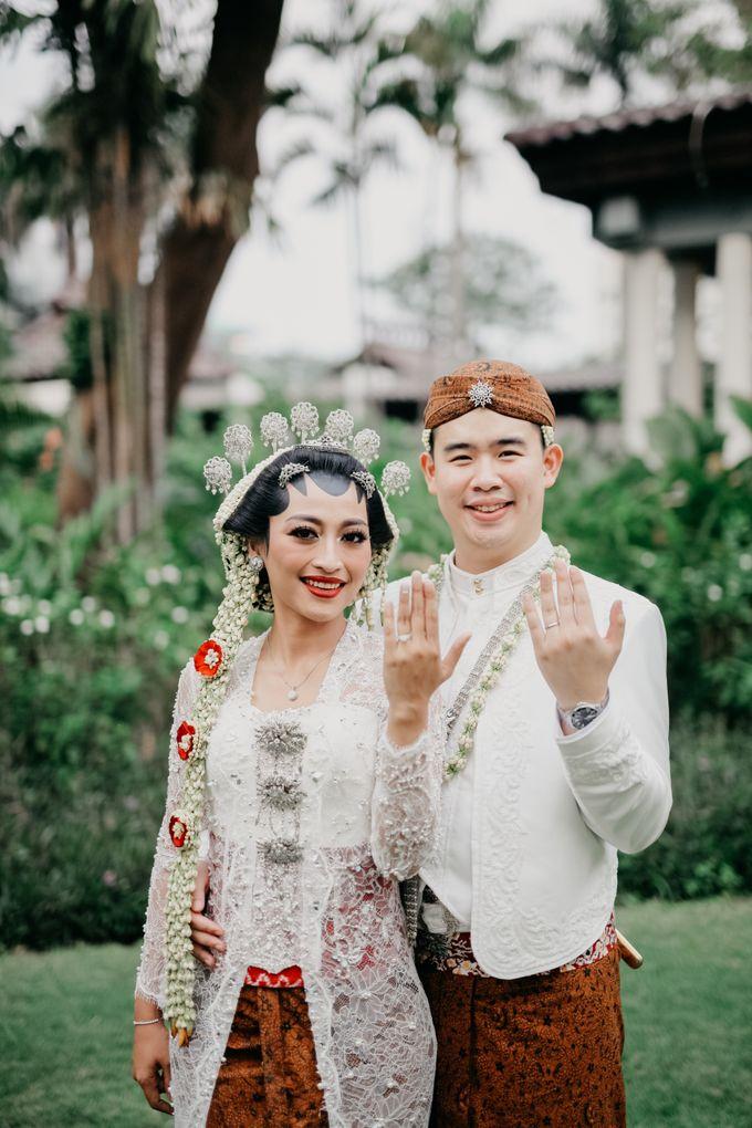 Panggih Ceremony of #BerKatNikah by ProjectDEA Wedding Planner - 017