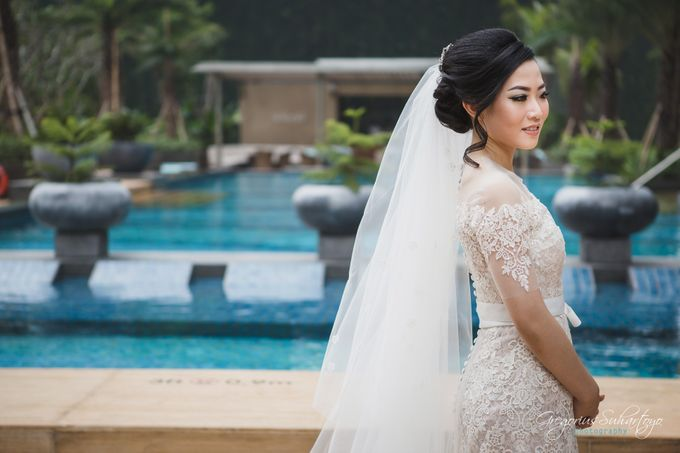 Lovely Wedding of Ramon & Joannita by Gregorius Suhartoyo Photography - 036