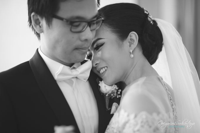 Lovely Wedding of Ramon & Joannita by Gregorius Suhartoyo Photography - 045