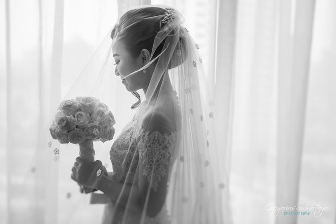 Lovely Wedding of Ramon & Joannita by Gregorius Suhartoyo Photography - 042