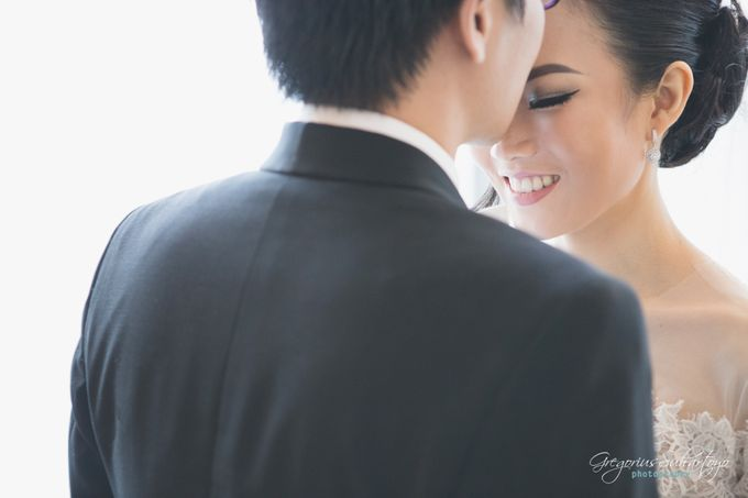 Lovely Wedding of Ramon & Joannita by Gregorius Suhartoyo Photography - 043