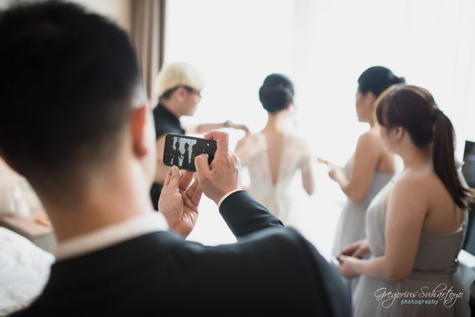 Lovely Wedding of Ramon & Joannita by Gregorius Suhartoyo Photography - 017