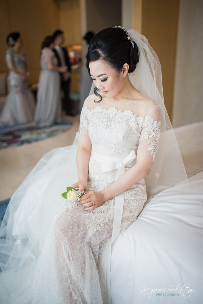 Lovely Wedding of Ramon & Joannita by Gregorius Suhartoyo Photography - 031
