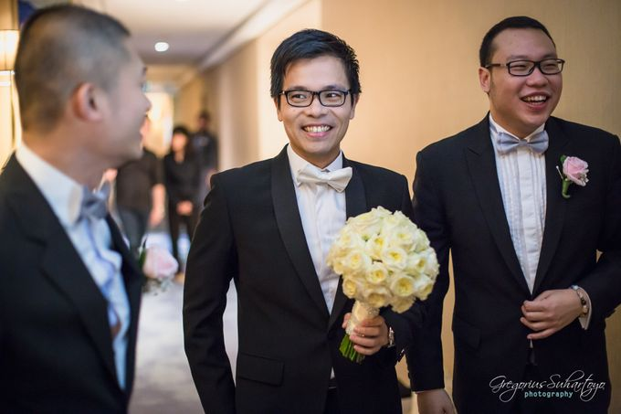 Lovely Wedding of Ramon & Joannita by Gregorius Suhartoyo Photography - 027